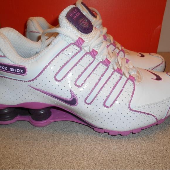 hot sales 0e58b e927e Nike Shoes - NIB Womens Nike Shox NZ Premium Shoes HTF Sz 7